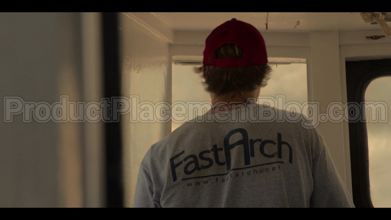 Fast Arch (FastArch.net) T-Sweatshirt of Rudy Pankow as JJ in Outer Banks S01E03 in Outer Banks S01E03 (1)