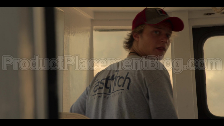 Fast Arch (FastArch.net) T-Sweatshirt of Rudy Pankow as JJ in Outer Banks S01E03 in Outer Banks S01E03 (2)