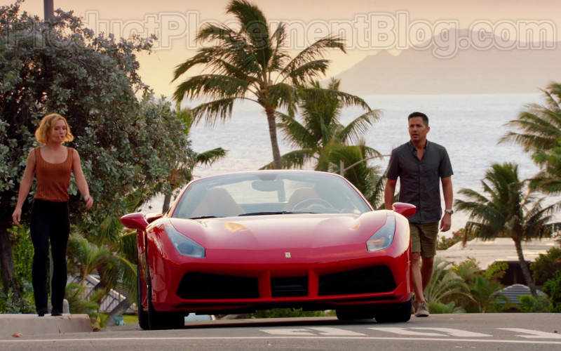 Ferrari Red Convertible Sports Car in Magnum P.I. S02E17 TV Series (11)