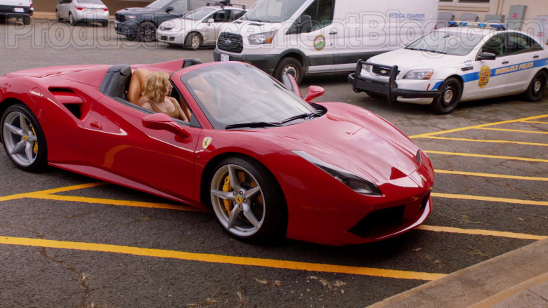 Ferrari Red Convertible Sports Car in Magnum P.I. S02E17 TV Series (9)