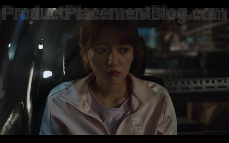 File Women's Pink Jacket in Extracurricular S01E06 (2020)