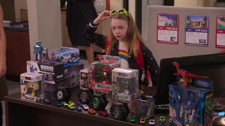 Funko Pop! Toys in The Big Show Show S01E04 (1)
