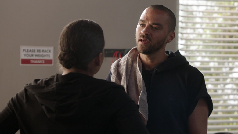 G-Star Raw Men's Short-Sleeve Hoodie of Jesse Williams as Dr. Jackson Avery in Station 19 S03E12 (2)