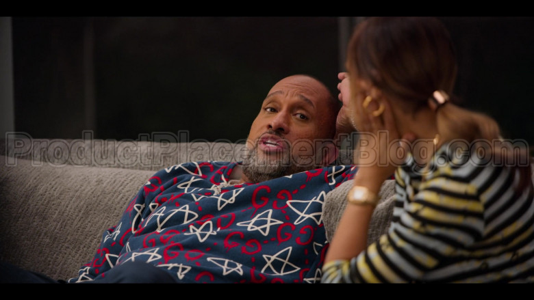 Gucci GG Ghost Print Sweatshirt of Kenya Barris in #blackAF S01E04 (4)