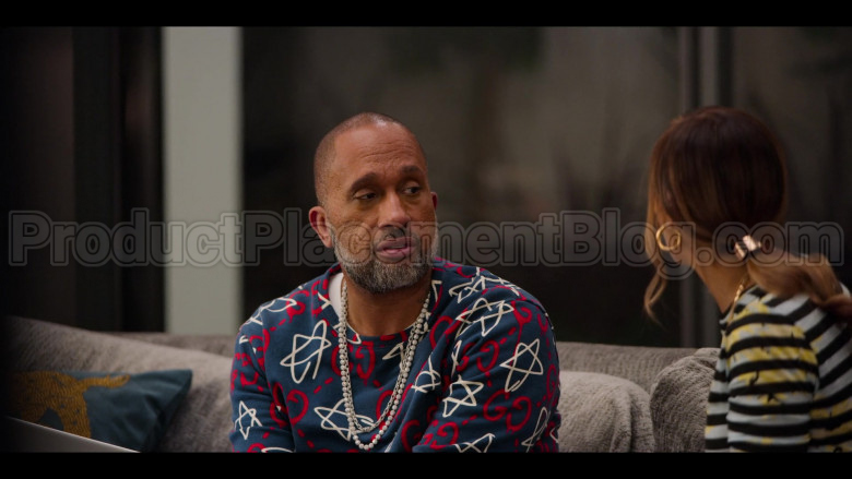 Gucci GG Ghost Print Sweatshirt of Kenya Barris in #blackAF S01E04 (5)