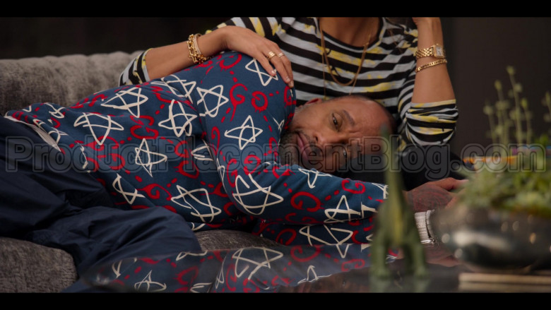 Gucci GG Ghost Print Sweatshirt of Kenya Barris in #blackAF S01E04 (7)