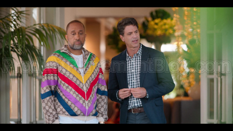 Gucci Jacket of Kenya Barris in #blackAF S01E01 (3)