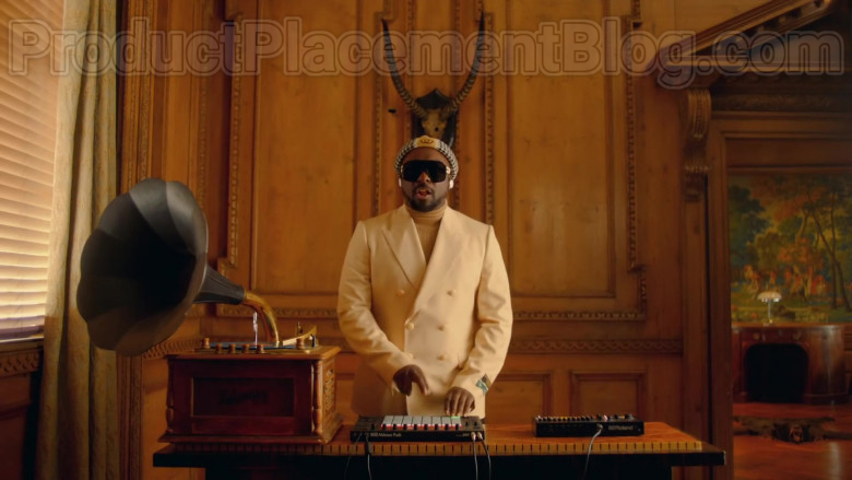 Gucci New Signoria Wool Jacket With Labels of will.i.am in Mamacita by The Black Eyed Peas, Ozuna, J. Rey Soul (2)