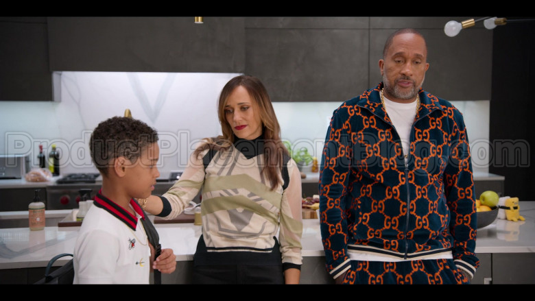 Gucci Tracksuit of Kenya Barris in #blackAF S01E01 (4)