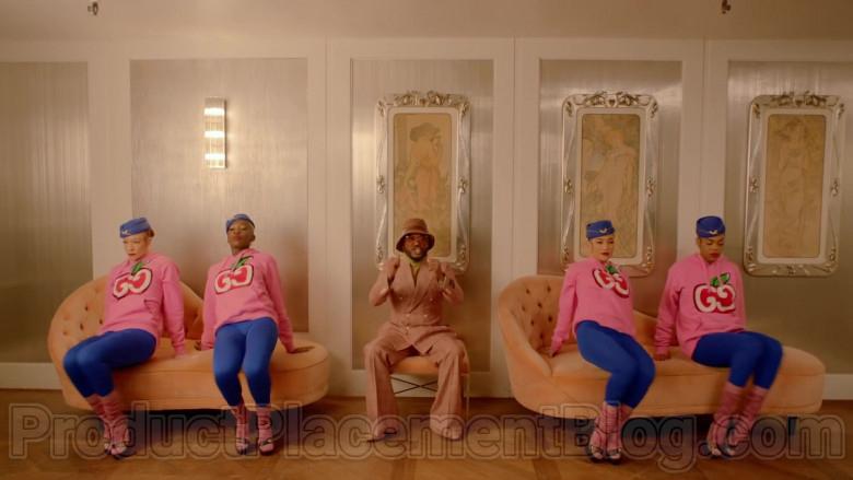 Gucci Women's Pink Hooded Sweatshirts With GG Apple Print in Mamacita by The Black Eyed Peas, Ozuna, J. Rey Soul (5)
