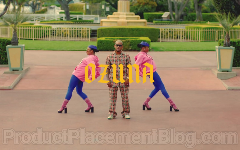 Gucci Woven Effect G Print Cotton Bowling Shirt and Pants of Ozuna in Mamacita – 2020 (1)