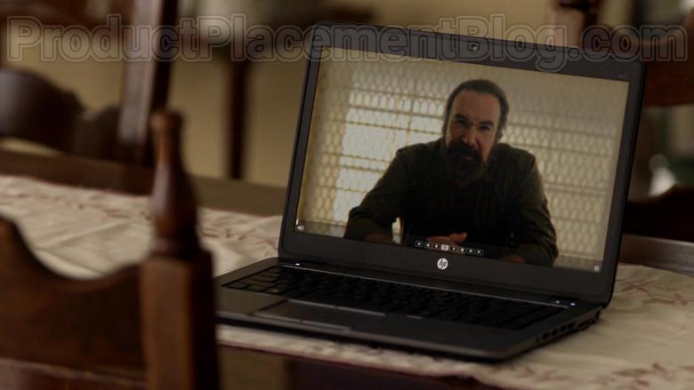 Hewlett-Packard Notebook in Homeland S08E12 (1)
