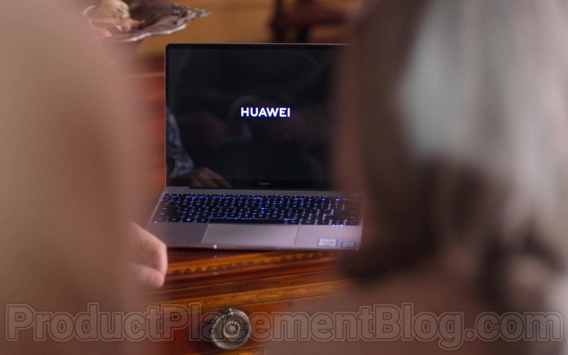 Huawei Notebook in The House of Flowers S03E09 (1)