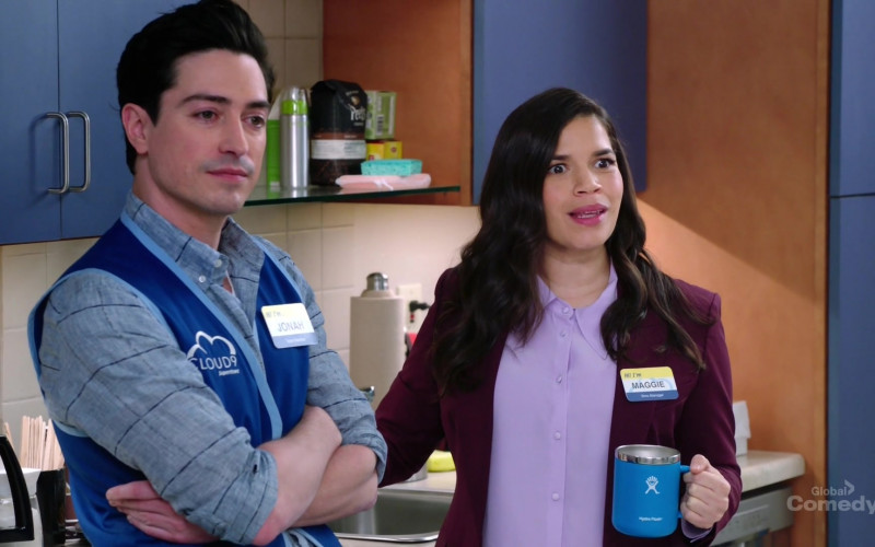 Hydro Flask Mug Held by America Ferrera as Amy in Superstore S05E20