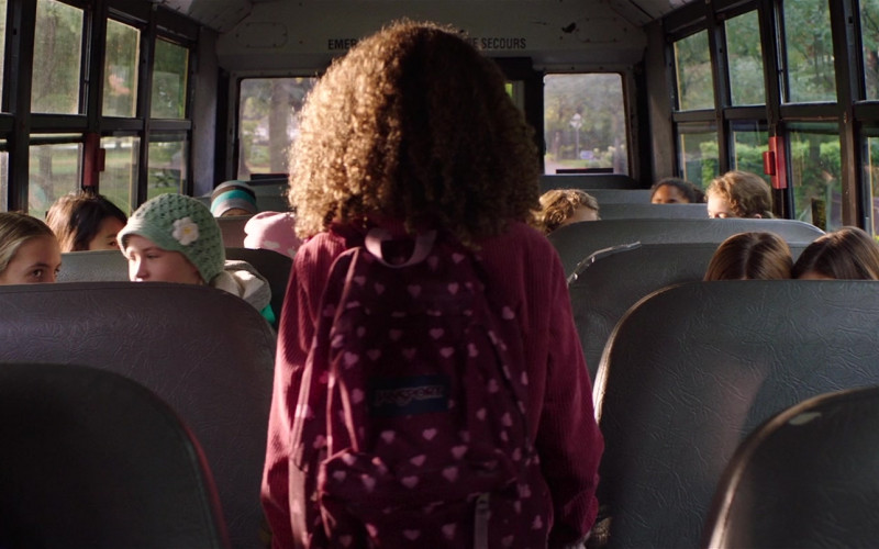 Jansport Backpack of Chloe Coleman as Sophie in My Spy (1)