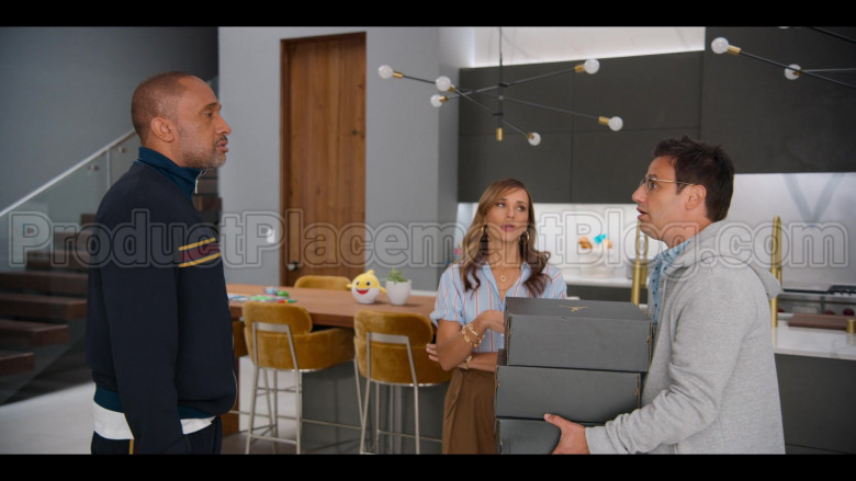 Jordan Shoe Boxes in #blackAF S01E01 (2)