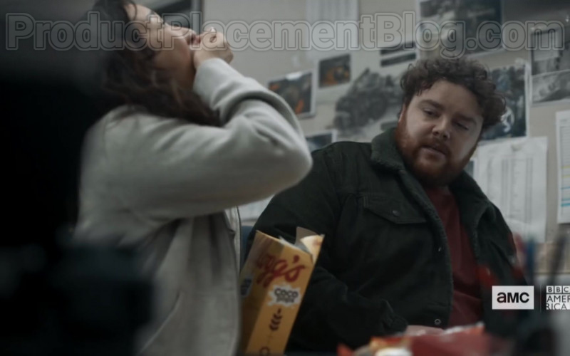 Kellogg's Coco Pops Cereal Enjoyed by Sandra Oh in Killing Eve TV Show [Season 3 Episode 4] (1)