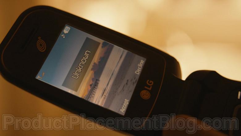 LG Mobile Phone of Michael Mando as Nacho Varga in Better Call Saul S05E10 (2)