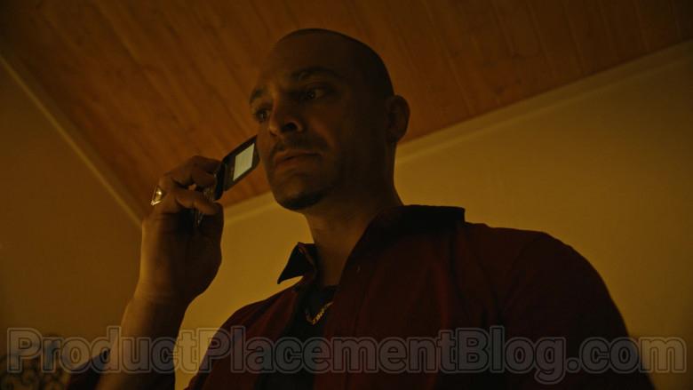 LG Mobile Phone of Michael Mando as Nacho Varga in Better Call Saul S05E10 (3)