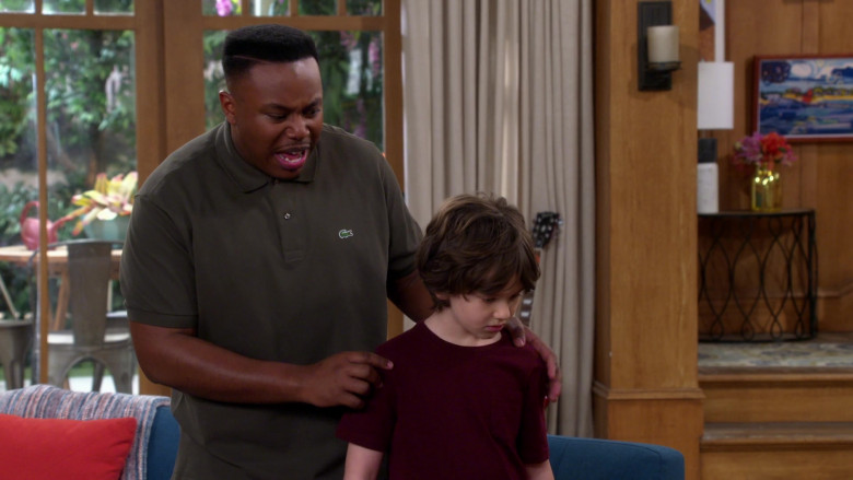 Lacoste Green Polo Shirt of Marcel Spears in The Neighborhood S02E19 (3)