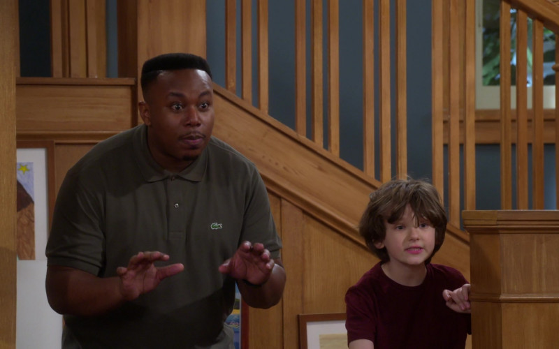 Lacoste Green Polo Shirt of Marcel Spears in The Neighborhood S02E19 (4)