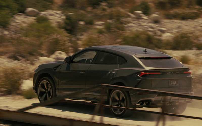 Lamborghini Urus Car Used by Vincent Cassel in Westworld S03E05 (1)