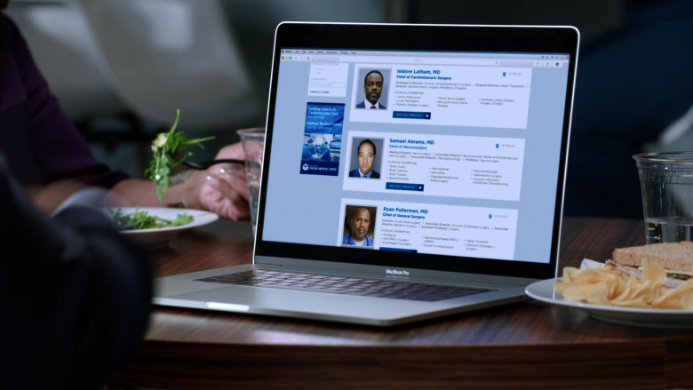 MacBook Pro Laptop by Apple in Chicago Med S05E19 (2)