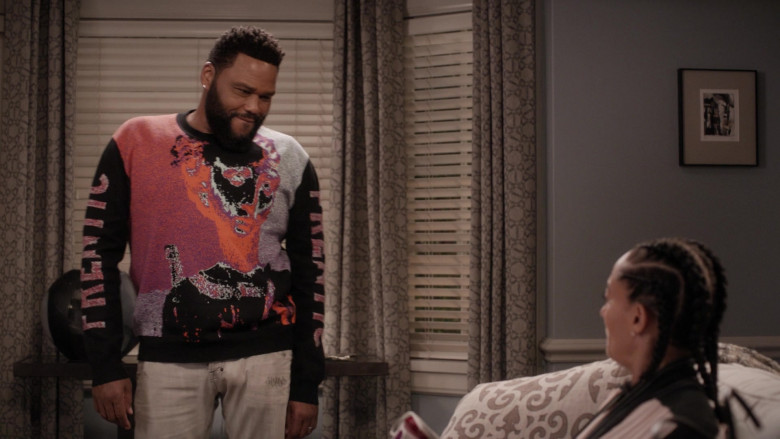 McQ Alexander McQueen Frentic Intarsia Cotton-Blend Jumper of Anthony Anderson in Black-ish S06E20 (2)