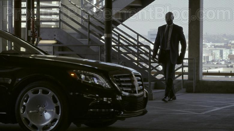 Mercedes-Maybach Luxury Car in Bosch S06E09 Dark Sacred Night (2)