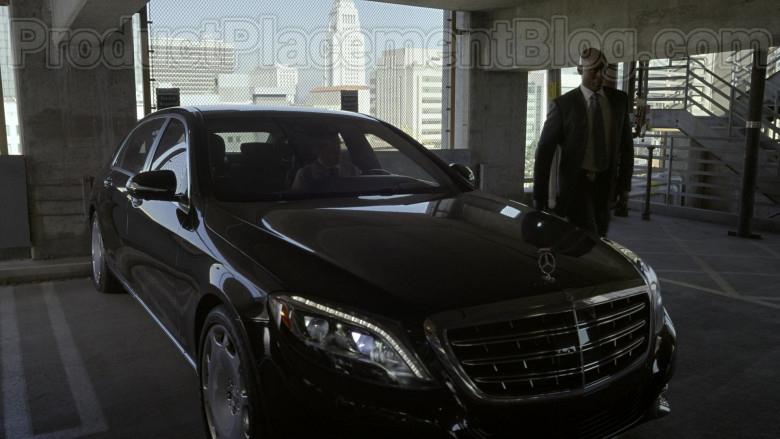 Mercedes-Maybach Luxury Car in Bosch S06E09 Dark Sacred Night (4)