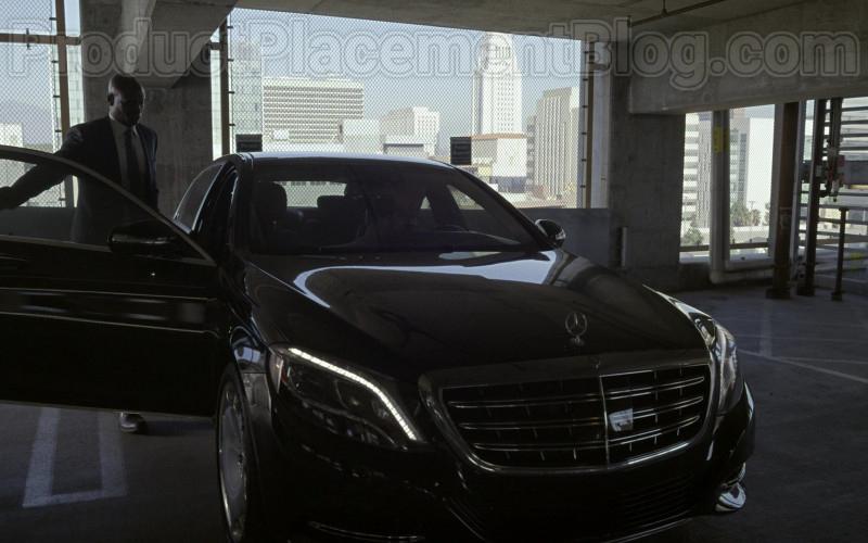 Mercedes-Maybach Luxury Car in Bosch S06E09 Dark Sacred Night (5)