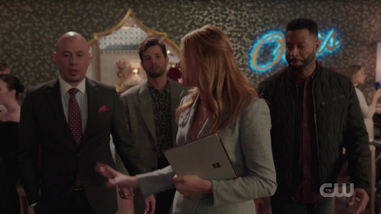 Microsoft Surface Held by Maddison Brown as Kirby Anders in Dynasty S03E16 (2)