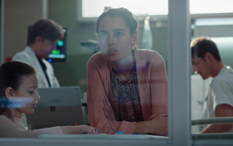 Microsoft Surface Laptop Computer in The Resident S03E20