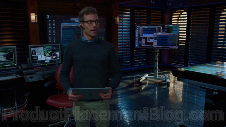 Microsoft Surface Tablet of Eric Beale (Barrett Foa) in NCIS Los Angeles S11E21
