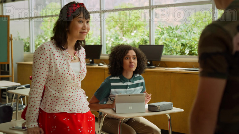 Microsoft Surface Tablet of Lee Rodriguez as Fabiola in Never Have I Ever S01E03 … gotten drunk with the popular kids (1)