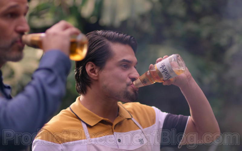 Modelo Beer in The House of Flowers S03E04