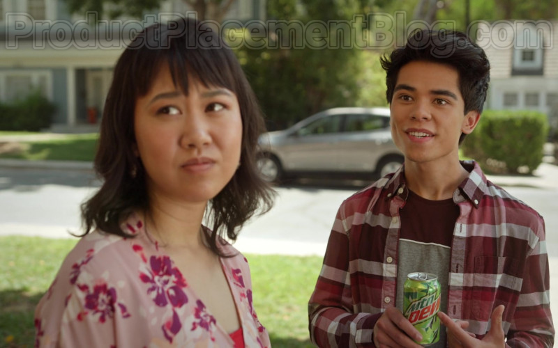 Mountain Dew Soda in Never Have I Ever S01E03 … gotten drunk with the popular kids (1)