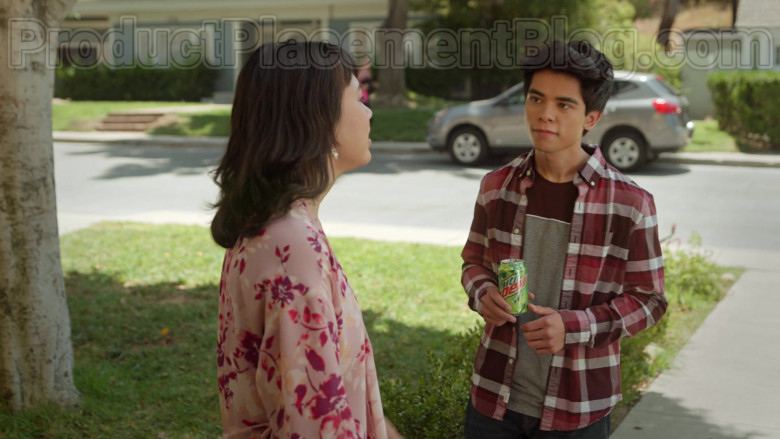 Mountain Dew Soda in Never Have I Ever S01E03 … gotten drunk with the popular kids (2)
