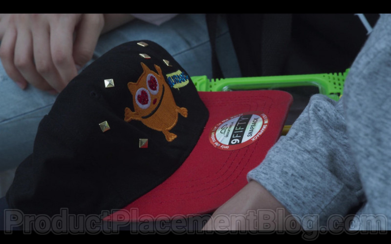 New Era 9FIFTY Snapback in Extracurricular S01E10 (2020)