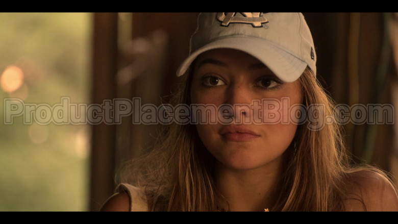 New Era CN Cartoon Tework Cap of Madelyn Cline as Sarah Cameron in Outer Banks S01E03 (2)