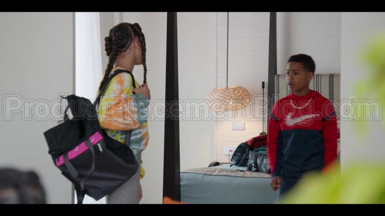 Nike Boys Hoodie in #blackAF S01E07 (1)