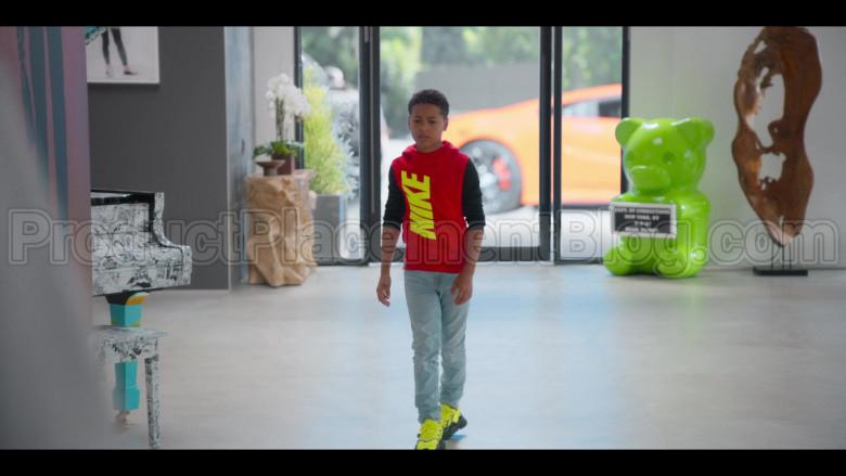 Nike Boys Red Hoodie in #blackAF S01E02 (2)