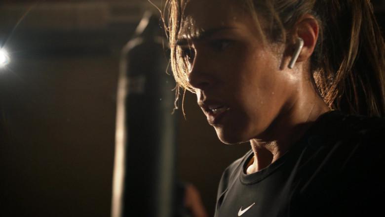 Nike Cropped Top of Jessica Camacho in All Rise S01E19 (1)