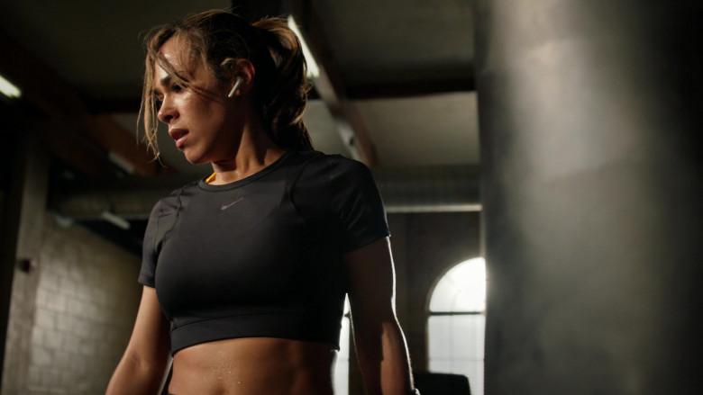 Nike Cropped Top of Jessica Camacho in All Rise S01E19 (2)