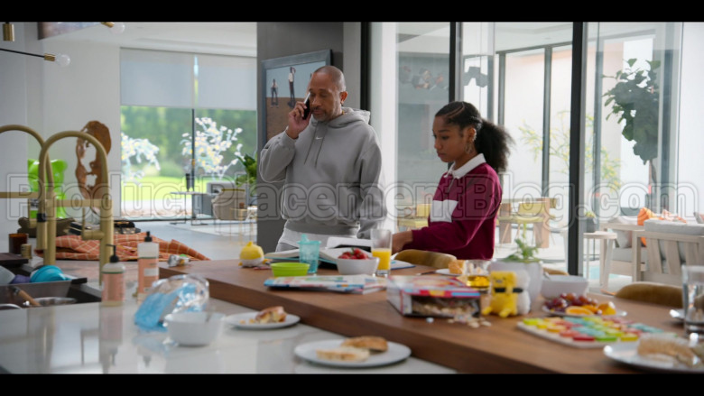 Nike Grey Hoodie of Kenya Barris in #blackAF S01E02 (1)