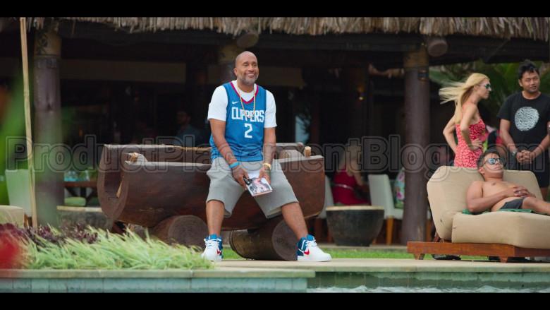 Nike Jersey and Sneakers of Kenya Barris in #blackAF S01E08