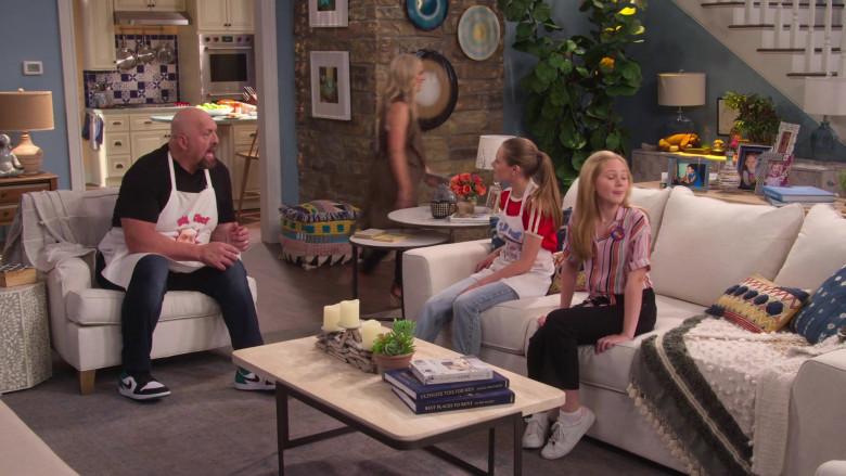 Nike Jordan Sneakers Worn by Paul Donald Wight II in The Big Show Show S01E04 (2)