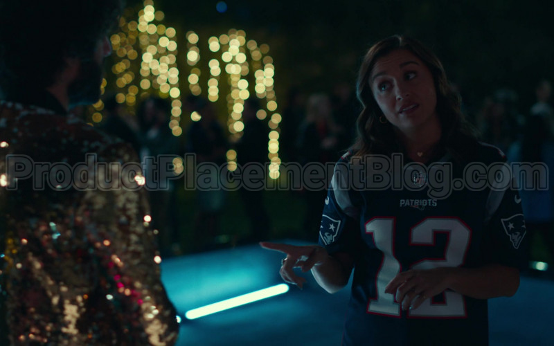 Nike NFL Patriots Jersey of Taylor Misiak in Dave S01E08 (2)
