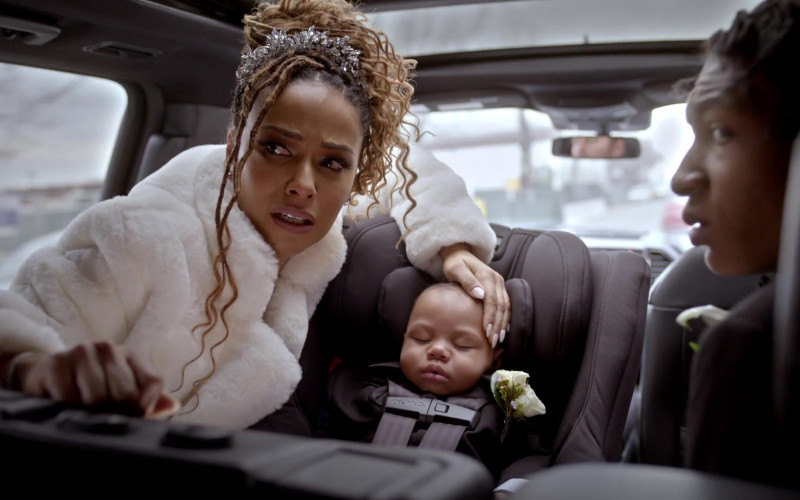 Nuna Baby Car Seat in Empire S06E15 Love Me Still (1)