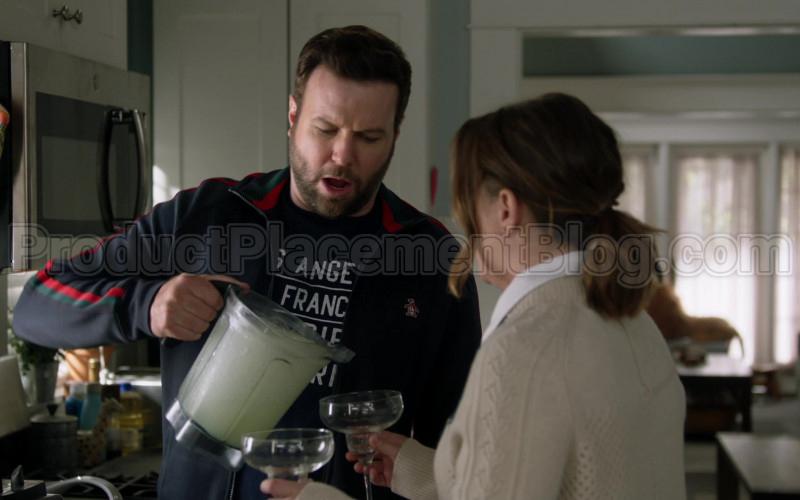 Original Penguin Jacket of Taran Killam in Single Parents S02E18 (1)